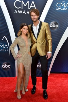 Here's What Your Favorite Couples Wore on the CMA Awards Red Carpet Country Singers, Country Music, Maren Morris Lyrics, Cma Awards, Red Carpet Event, Dressed To The Nines, Erdem, Cute Couples, Relationship Goals