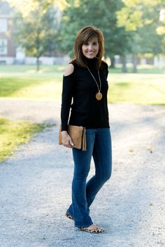 Welcome back to my 26 Days of Fashion! On Day 1 I shared a black turtleneck with bootcut jeans. This is a great casual outfit. Today I'm sharing the same black turtleneck but I'm dressing it up with a pair of dress pants from Old Navy. The Harper pant from Old Navy is one of...Read More »