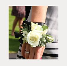 The Perfect Wrist Corsage For Prom