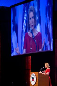 Carly Fiorina Talks, Iowa Swoons, and Polls Shrug - NYTimes.com