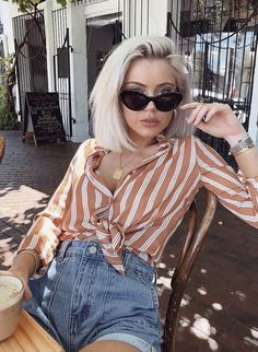 90 summer looks: a different style for each day … – Women's Style Hipster Outfits, Trendy Outfits, Cute Outfits, Fashion Outfits, Look Short Jeans, Look Con Short, Womens Fashion Online, Latest Fashion For Women, Look Fashion