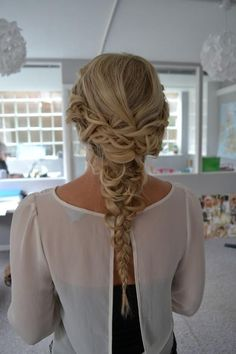 Gorgeous Long Blonde Braided Homecoming Hairstyle » Homecoming Hairstyles