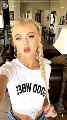 Loren) so. Trendy Hairstyles, Braided Hairstyles, Grey Makeup, Hot Blondes, Celebs, Celebrities, Ulzzang Girl, Blonde Hair, Hair Beauty