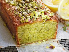 A #glutenfree almond and pistachio cake that looks and tastes delicious! #recipe #baking