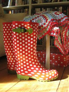 Awesome! Polka dot wellies!