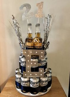 Corona Birthday Beer Cake - - Corona Birthday Beer Cake Boyfriend or girlfriend ❤️ Corona Geburtstag Bierkuchen Boyfriends 21st Birthday, Birthday Gifts For Boyfriend Diy, Creative Birthday Gifts, Diy Birthday, Birthday Beer, Cake Birthday, Boys 21st Birthday, Birthday Surprise Ideas, 21st Birthday Gifts For Guys