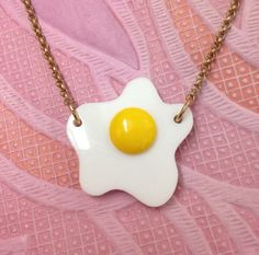 sunny side up fried egg necklace by Tatty Devine Tatty Devine, Family Jewels, Kawaii Cute, Resin Jewelry, Pretty Outfits, Girly Things, Women's Accessories, Fashion Jewelry, Vintage Fashion