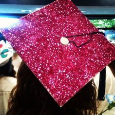 Glittery pink graduation hat<3 why didnt i think of that