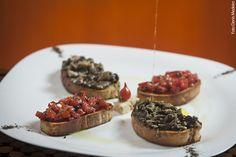 Antica Trattoria (almoço) Crostini - Ciabatta torrada com molhos pomodoro e funghi fresch