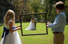 Fun idea for wedding photo