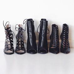black heels ✔️