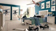 déco-chambre-ado-couleurs-murs-bleus-tableaux-avions-mobilier-blanc déco chambre ado