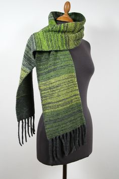 Fine knitted scarf for her and him. Knitting Accessories, Unisex, Cowl, Knitting Scarves, Etsy, Fashion, Guy Gifts, Fringes, Grey
