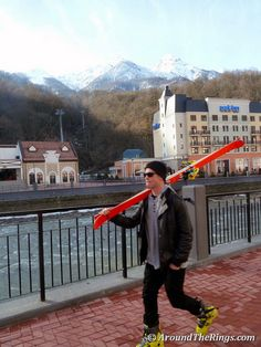 Ski dude in Krasnaya Polyana. Add Around The Rings on www.Twitter.com/AroundTheRings & www.Facebook.com/AroundTheRings for the latest info on the #Olympics.