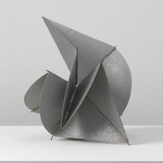 Lygia Clark (Belo Horizonte, October 1920 – Rio de Janeiro, April was a Brazilian artist best known for her painting and installation work. She was often associated with the Brazilian Constructivist movements of the century and the Tropicalia movement. Abstract Sculpture, Sculpture Art, Abstract Art, Steel Sculpture, Lygia Clark Obras, Richard Serra, Contemporary Sculpture, Contemporary Art, London Art Fair