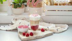 Latté smalinami abielou čokoládou, ktoré si zamilujete nielen na Valentína – Tchibo Barista, Latte, Espresso, Panna Cotta, Blog, Cupcakes, Ethnic Recipes, Sweet, Espresso Coffee