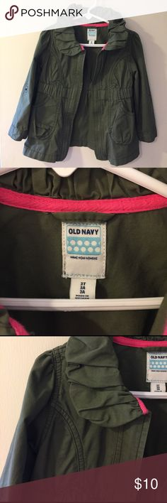 3t olive green jacket 3t and would definitely fit a 4t olive green jacket. Super cute for spring Old Navy Jackets & Coats Utility Jackets
