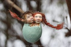 This inseparably couple is brother and sister called Fillipe and Eveline :-)  Handmade by me. The size of the whole measures about 3,1 inch (8cm).  They