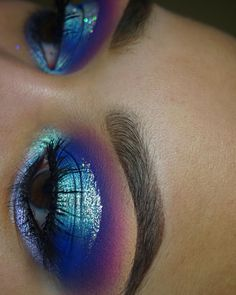 """2,409 Likes, 81 Comments - S k y e  (@skyeasiyanbi) on Instagram: """"Colorful looks are my favorite  INSPO: @mmmmitchell ———— EYES: @starcrushedminerals Royal Rage,…"""""""