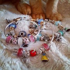 Disney Pandora Bracelet, Disney Jewelry, Pandora Bracelets, Pandora Jewelry, Pandora Charms, Pandora Disney Collection, Disney Charms, Bracelet Designs, Pendants