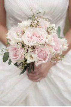 #bouquet de mariée #fleurs #mariage | Wedding. | Pinterest | Bouquets, Mariage and Roses