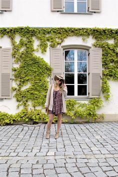 Heartfelt Hunt - Beige & Floral Dress - Beige cardigan, floral dress, floppy hat, tassel bag, beige boots and blond, loose curls - Spring Fashion and cute Maternity Style / Pregnancy Style