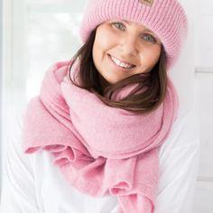 Mohairhuivi Winter White, My Wardrobe, Blues, Accessories, Fashion, Moda, Fashion Styles, Fasion, Ornament