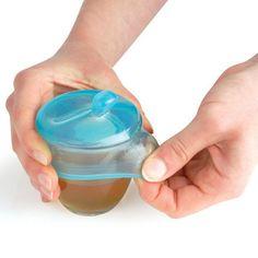 Capuchon à tetine à adapter sur un verre - Mastrad / complètement génial! (Existe en version gobelet ou paille)