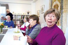"""#Seniorielämää Eloisa-kodissa: """"Meillä on täällä oman kodin rauha ja samalla mahdollisuus ikätovereiden kanssa seurusteluun."""" #seniorikoti #senioriasunto"""