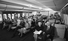 "747 vintage - That's what you call ""leg room"""