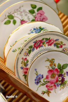 Madelief: vintage dishes