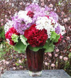 SLOW FLOWERS: Week 19  Debra Prinzing's peonies, alliums and lady's mantle in an art-glass vase