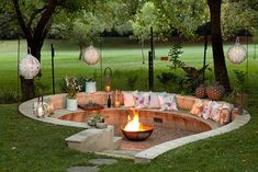 21 awesome sunken fire pit ideas to spend the cozy nights . 21 awesome sunken fire pit ideas to steal for the cozy nights - # awesome In modern cities, . Fire Pit Seating, Fire Pit Area, Backyard Seating, Backyard Patio Designs, Outdoor Seating, Backyard Projects, Garden Seating Areas, Outside Seating Area, Backyard Layout