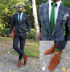 Green tie, suit, mmm