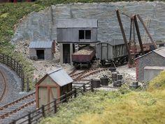 Industry Models, Train Table, Train Layouts, Miniature Houses, Ho Scale, Model Trains, Railroad Tracks, Diorama, Backdrops