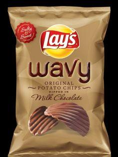 Patatine fritte immerse nel cioccolato al latte, è questa la novità lanciata sul mercato americano dal colosso del cibo Frito-Lay. Un'edizione limitata delle classiche chips in vendita a 3 dollari e 49 centesimi e destinata a rimanere nei negozi per tutto il periodo natalizio. Un tenta