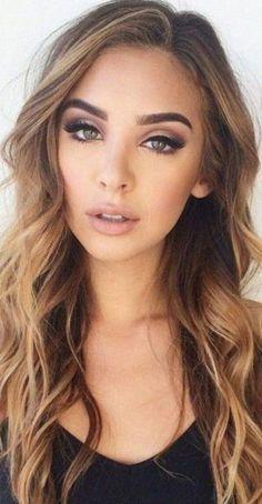 Pretty Eye Makeup, Makeup Looks For Green Eyes, Natural Eye Makeup, Natural Eyes, Pretty Eyes, Green Makeup, Amazing Makeup, Natural Brown, Brown Hair For Green Eyes