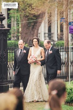 Sam Gregory Photography  New Orleans Wedding Planner - It's Your Time Events: Lorey & Joel are married!  New Orleans Weddings. New Orleans Opera Guild. Southern Weddings. Elegant garden style wedding. Seated dinner. Joe Simon's Band. Kim Starr Wise flowers.