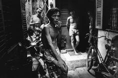 Patrick Zachmann VIETNAM. City of Hô Chi Minh (formerly Saïgon). Cholon (chinese district) 1991.