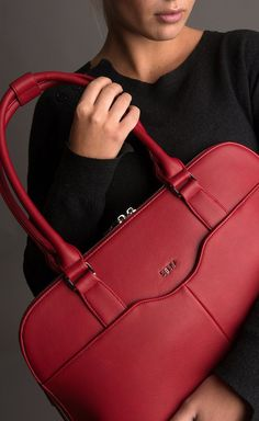 f5158204e6f Socha Couture Rouge 15.6