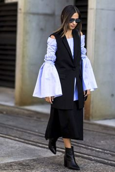 A Fresh Way To Wear Your Statement Sleeve Top