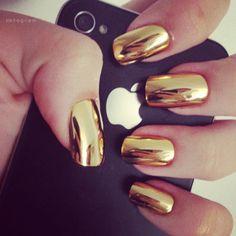 Gold nails via Stylish by Nature