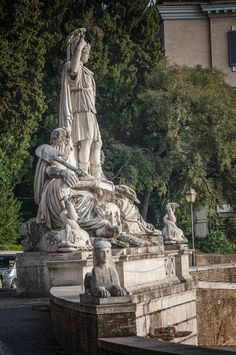 Statue in Rome by Emanuele Ceripa on 500px