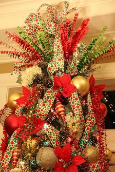 Savvy Seasons by Liz: The Polka Dot Tree (Tree Topper) Christmas Tree Tops, Beautiful Christmas Trees, Christmas Love, All Things Christmas, Christmas Holidays, Christmas Wreaths, Christmas Crafts, Christmas Ornaments, Merry Christmas
