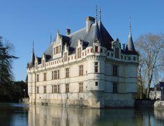 Chateau Azay-le-Rideau, France. Побудуй свій замок з конструктора http://eko-igry.com.ua/products/category/1658731