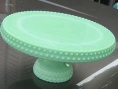 images about ~Cake Stands, Cake Plates & Carriers~ on . Vintage Cake Plates, Vintage Cake Stands, Punch Bowl Cake, Punch Bowls, Milk Glass Cake Stand, Green Milk Glass, Cake Stand Display, Swirl Cake, Cake Carrier