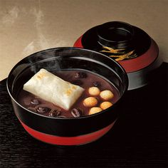 京菓匠<鶴屋吉信>より、昔懐かしい味わいを。【馬路大納言製おぜんざい】