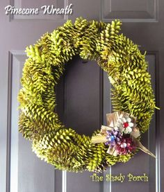 Pine Cone Wreath for Fall : How To