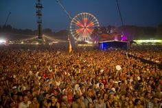 The world's 10 most expensive music festivals in 2016. |FunPalStudio| Art artist music festivals landmark famous landmark music World fun party destination sziget Festival, Budapest island
