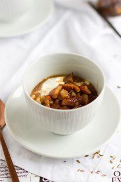 Frühstücks Topping aus gerösteten Maroni, Mandeln, Vanlille & Fenchelsamen I Breakfast Topping with roasted Chestnuts, Almonds, Vanilla & Fennel Seeds